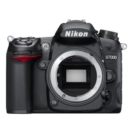 Nikon D7000 Boitier nu